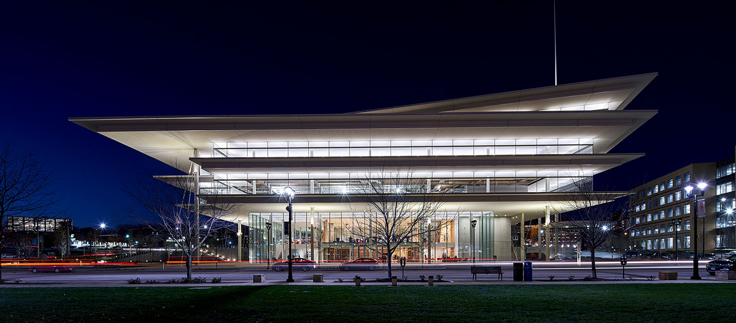 Renzo Piano Completes Krause Gateway Center In Des: Kum & Go Headquarters, Krause Gateway Center